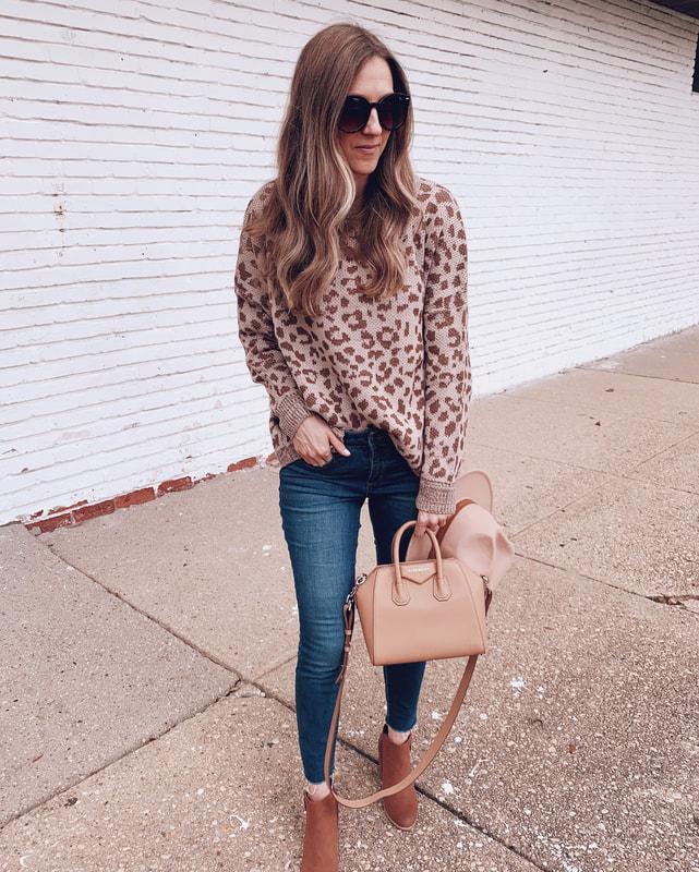 leopard print sweater walmart outfit sofia vergara blue jeans fashion givenchy handbag