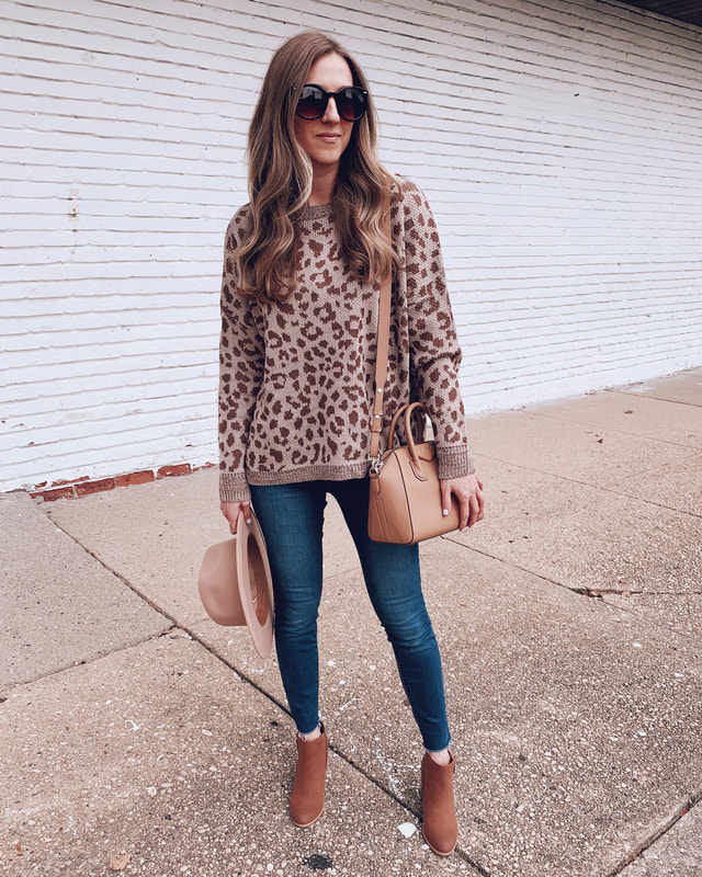 leopard print sweater walmart outfit sofia vergara blue jeans fashion carrying givenchy handbag