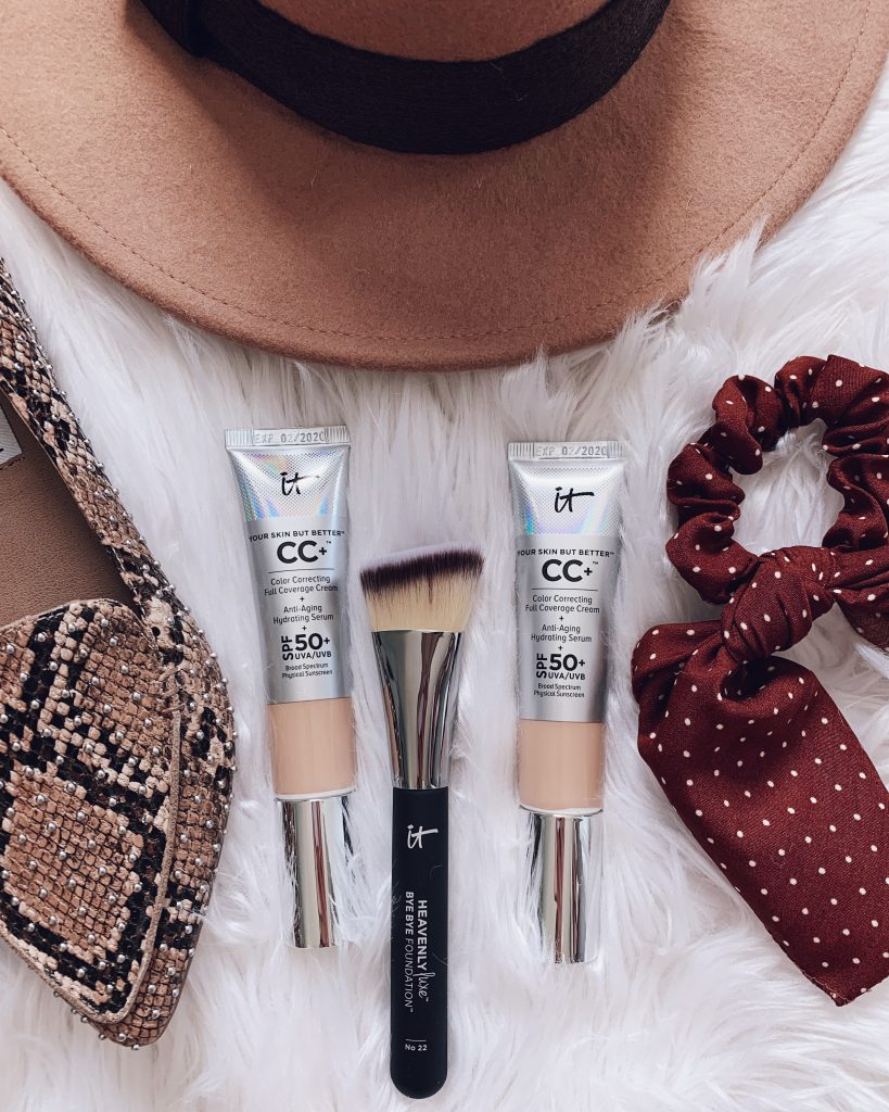 It cosmetics CC+ cream with SPF, guide to it cosmetics cc creams and foundations makeup how-to, heavenly bye bye foundation brush
