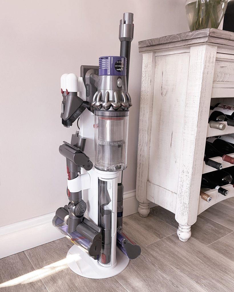 dyson v10 cordless vacuum, best home interior essential items